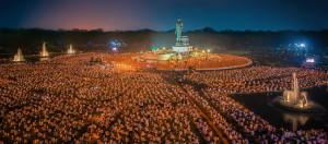 Vesak-gathering-Buddhist